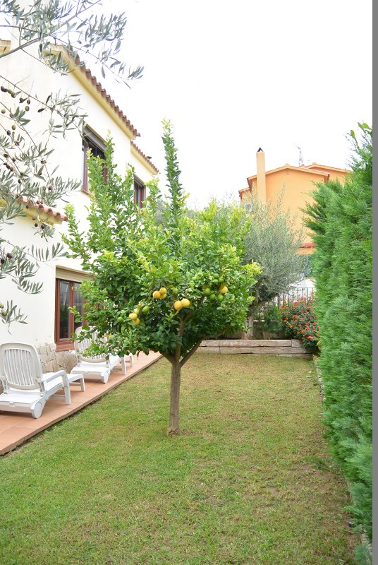 02732 - Bright house with private garden in Mas d´en Gou, Pals