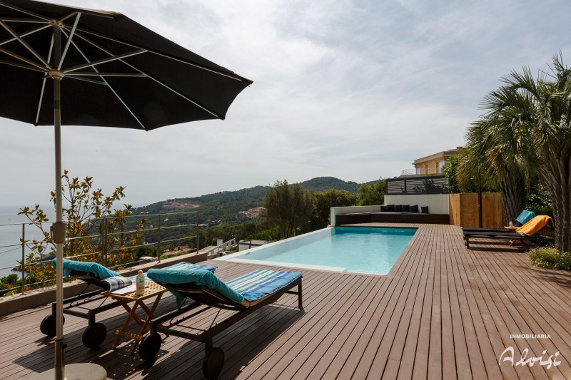 02695 - Modern and bright house with pool and spectacular sea views, in Sa Punta, Costa Brava