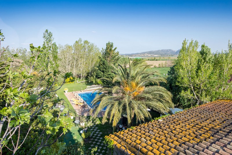 03088 - Impressive farmhouse with pool in Tor, Baix Empordà
