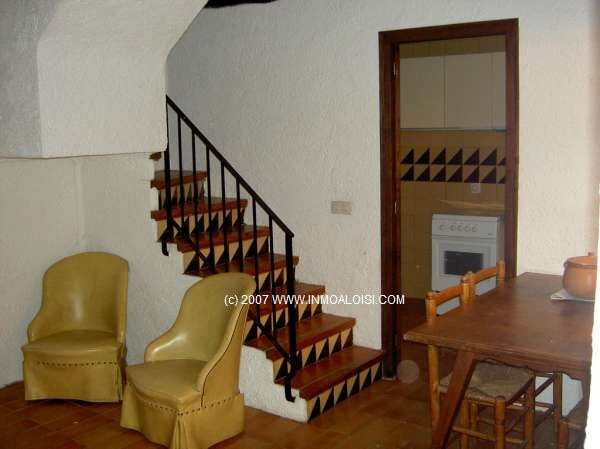 03036 - Enjoy the view from this three floor, terrace townhouse in Pals