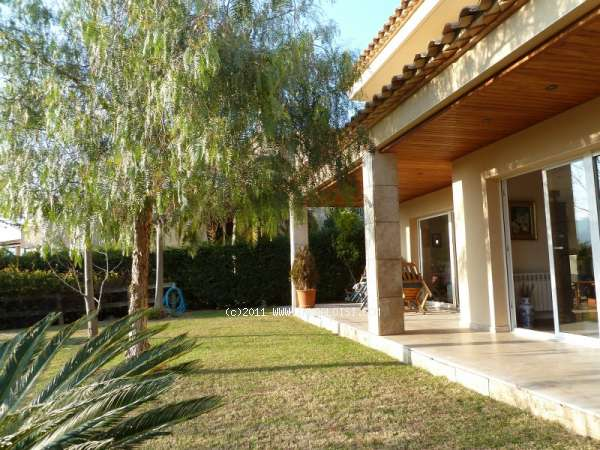 02501 - Make Sant Feliu de Guixols your new home